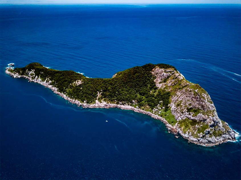 vista aérea da ilha da queimada